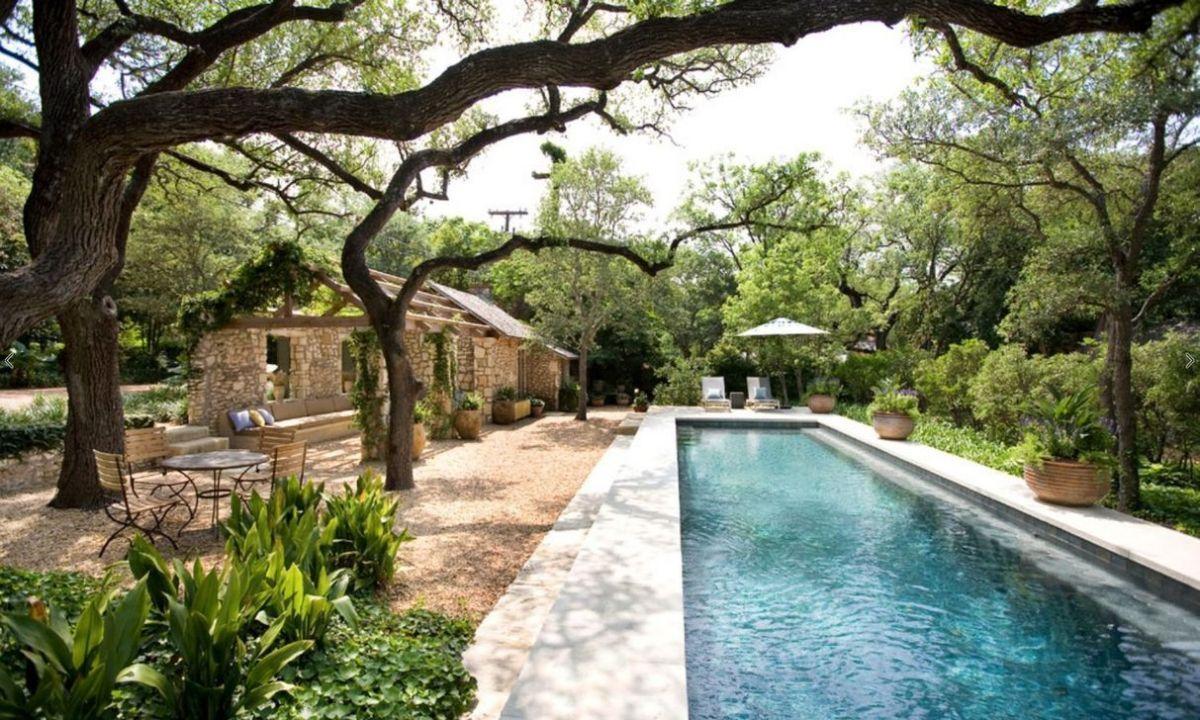 Admirable Small Swimming Pool Designs Ideas 23