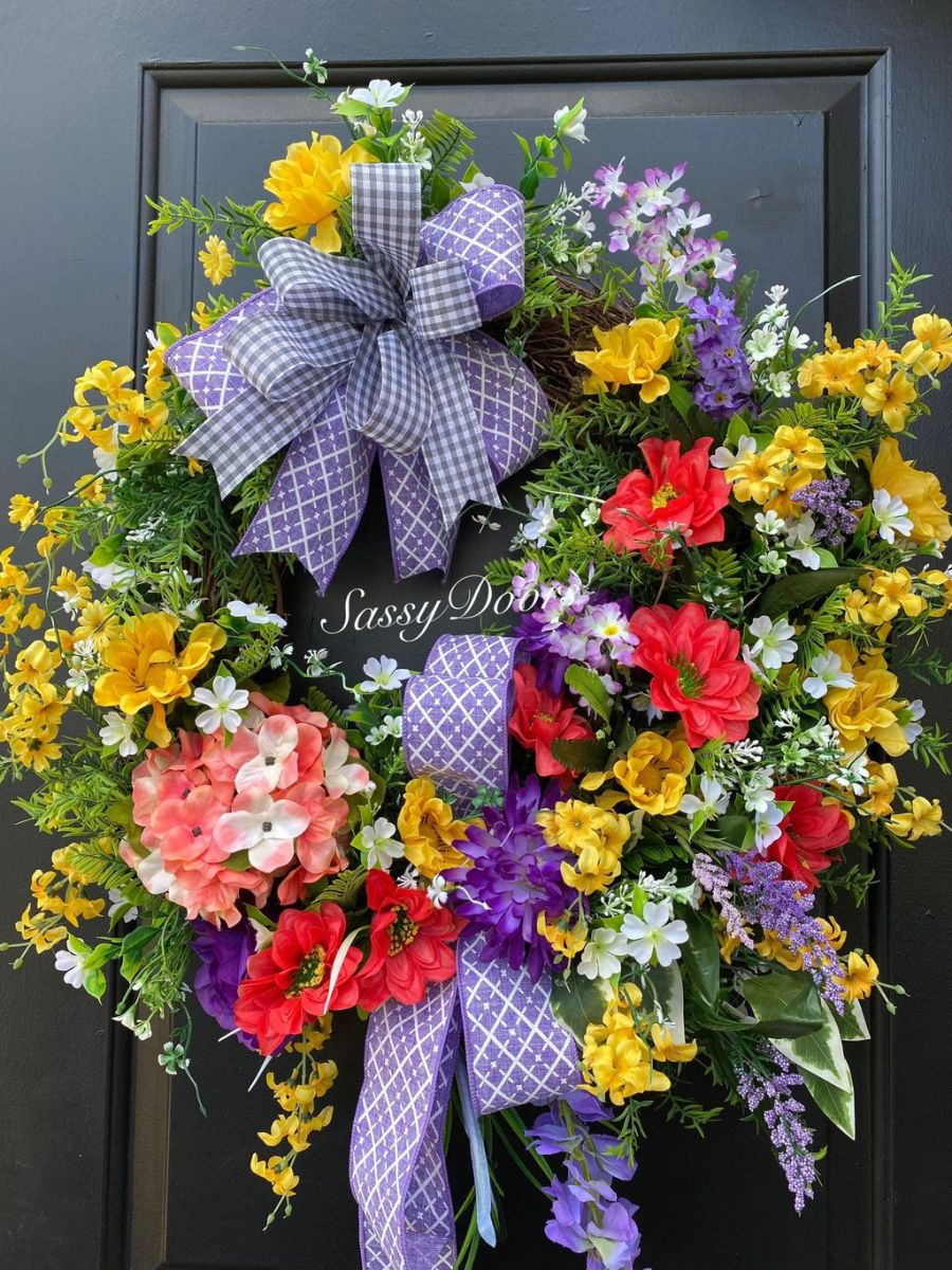 Awesome Spring Wreath Ideas For Front Door Decor 07