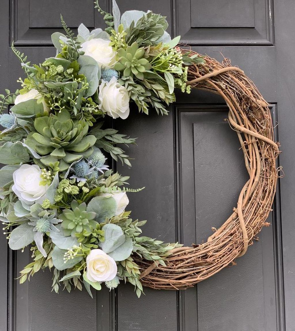Awesome Spring Wreath Ideas For Front Door Decor 22