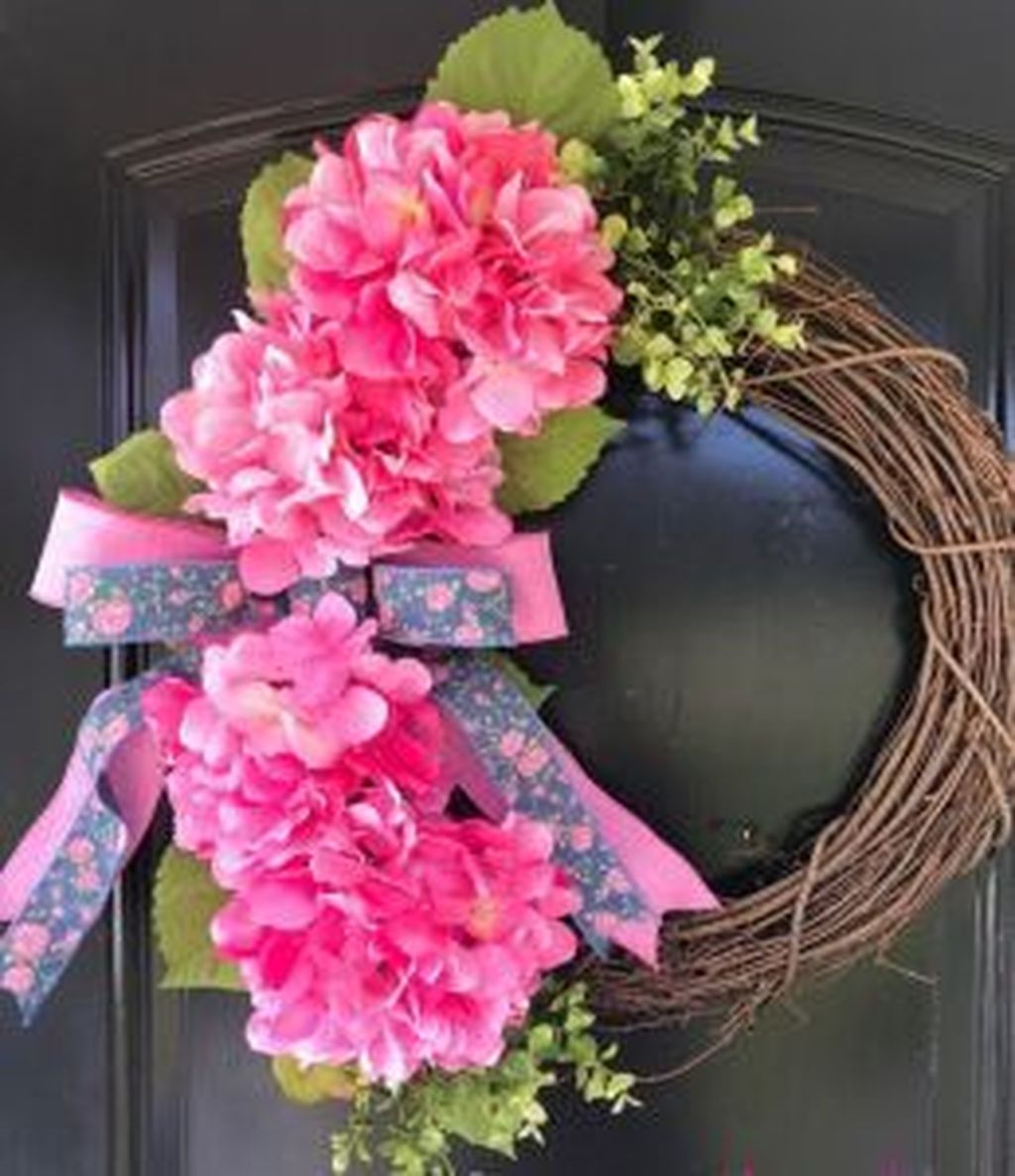 Awesome Spring Wreath Ideas For Front Door Decor 23