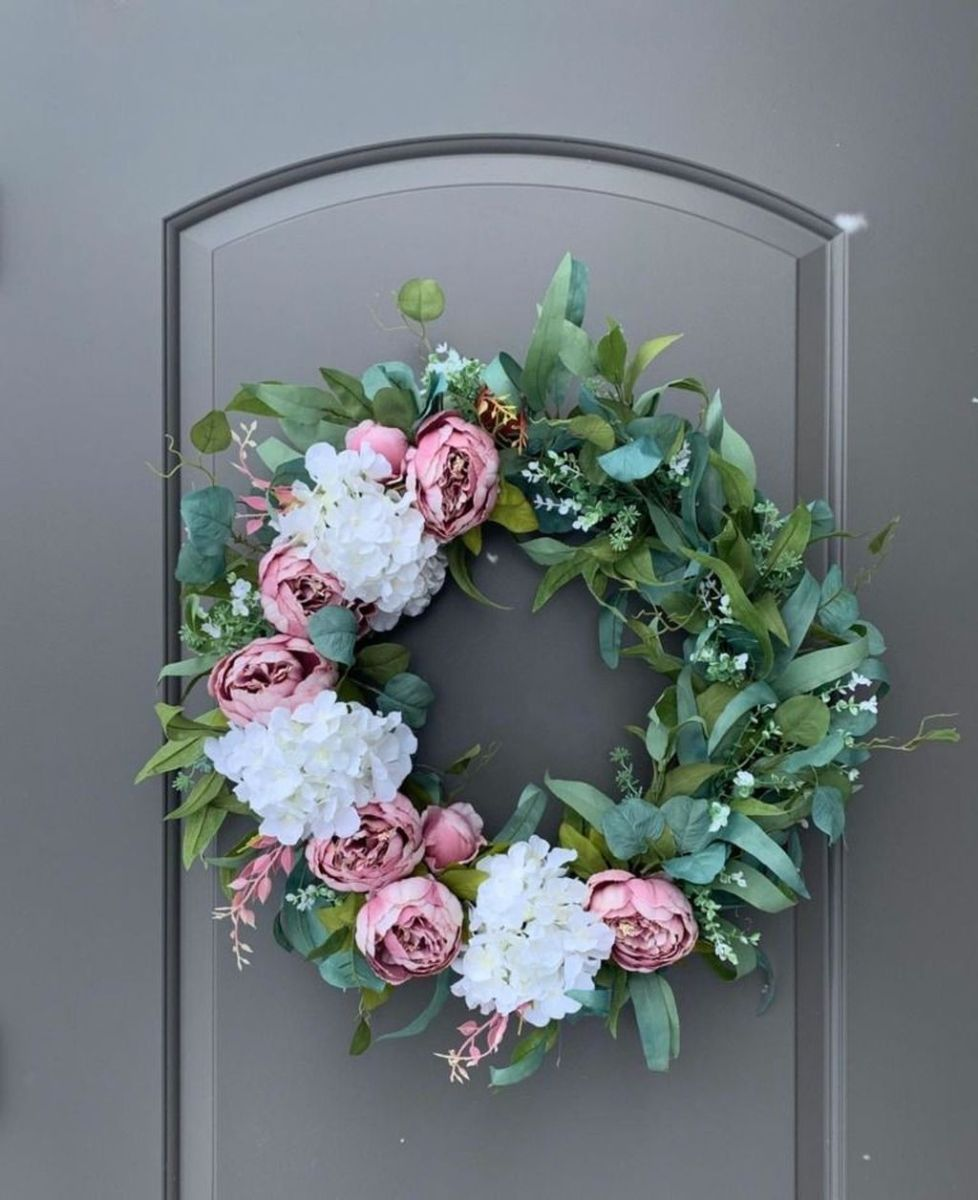 Awesome Spring Wreath Ideas For Front Door Decor 32