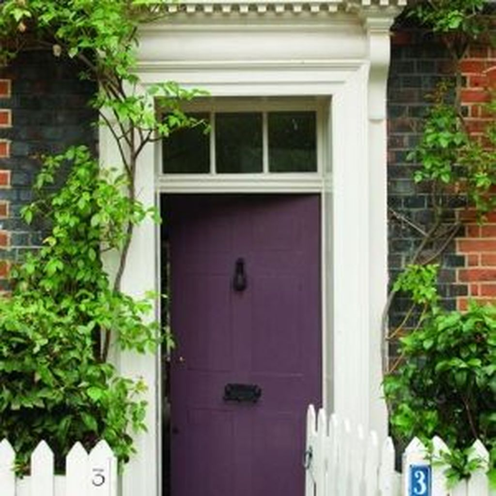 Beautiful Summer Planters Ideas For Front Door Decor 31