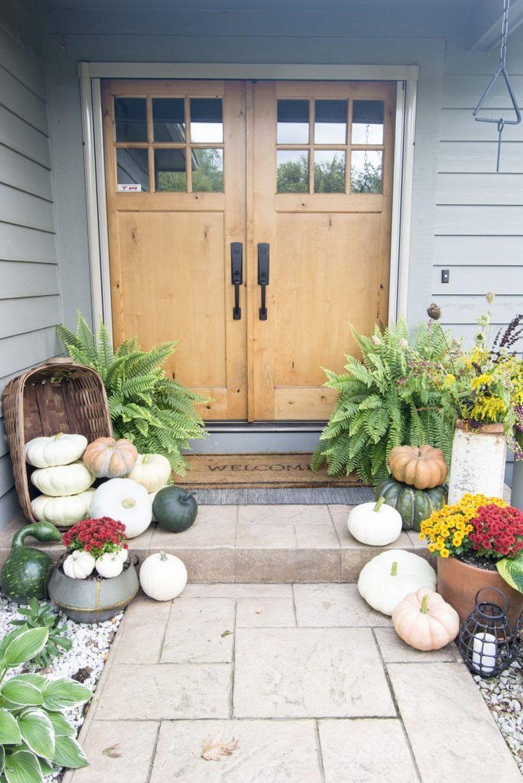 Beautiful Summer Planters Ideas For Front Door Decor 34
