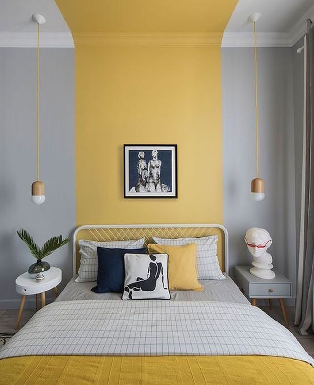 Charming Yellow Interior Design Ideas Best For Summer 02