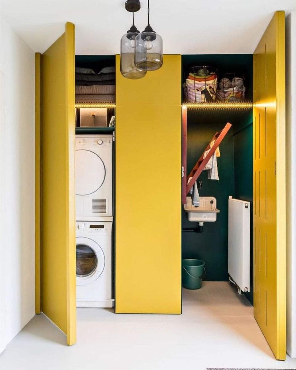 Charming Yellow Interior Design Ideas Best For Summer 10