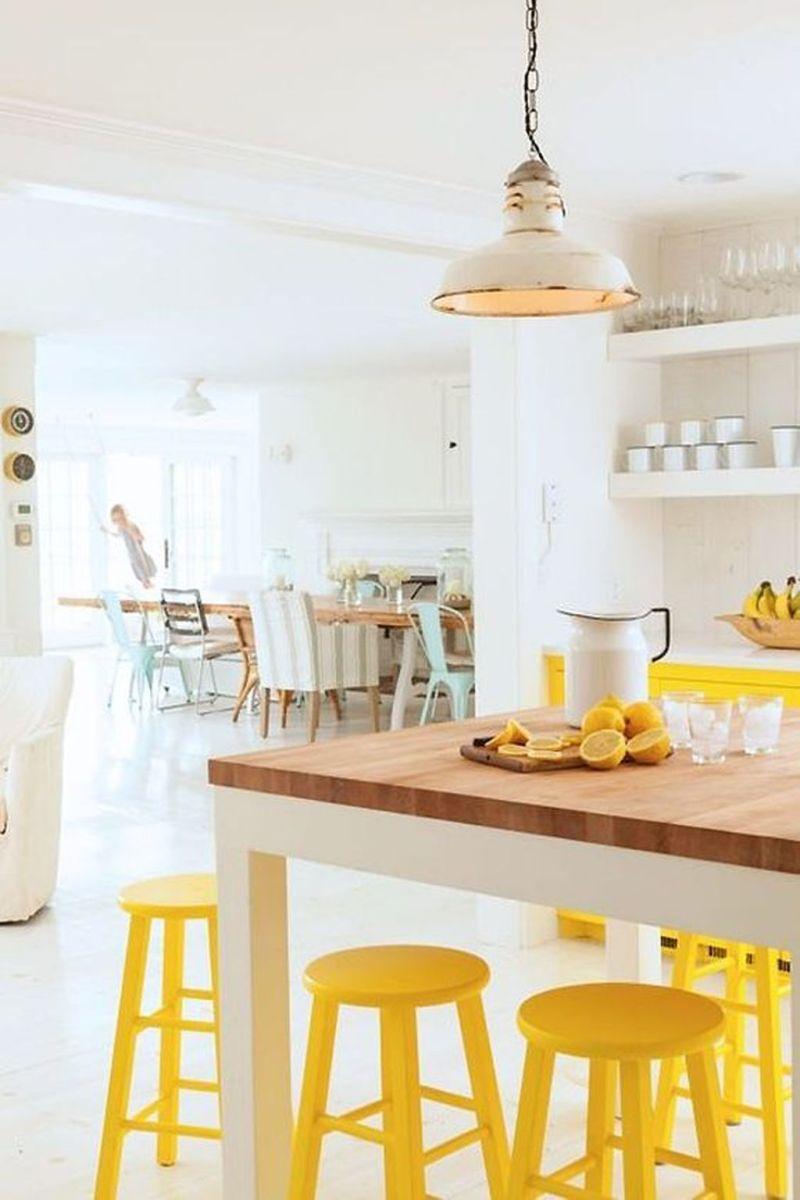 Charming Yellow Interior Design Ideas Best For Summer 25