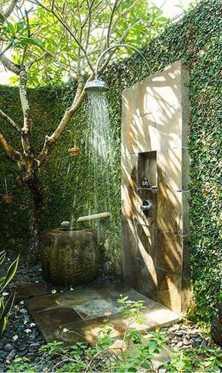 Creative Outdoor Bathroom Design Ideas For Enjoying Summer 11
