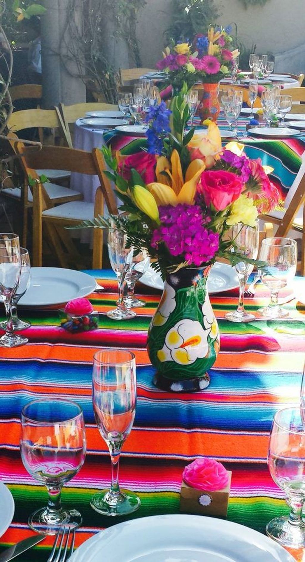 Fabulous Floral Theme Party Decor Ideas Best For Summertime 05