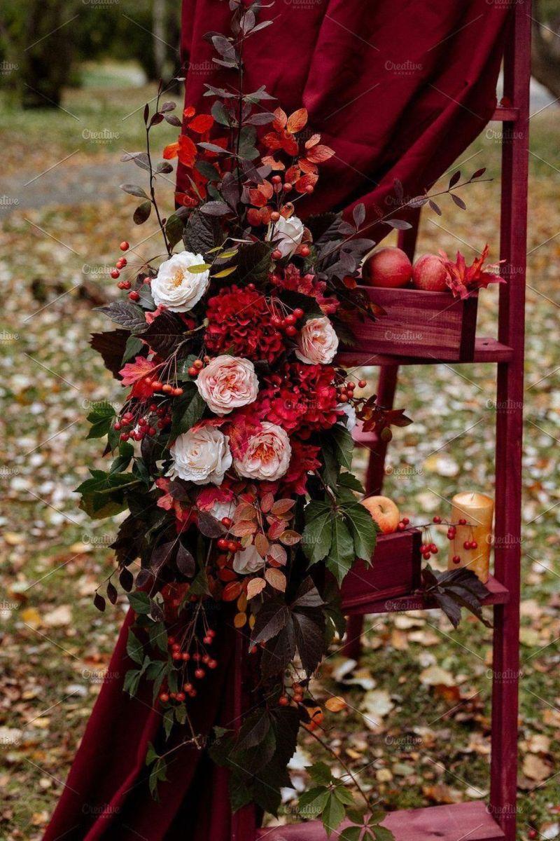Fabulous Floral Theme Party Decor Ideas Best For Summertime 25