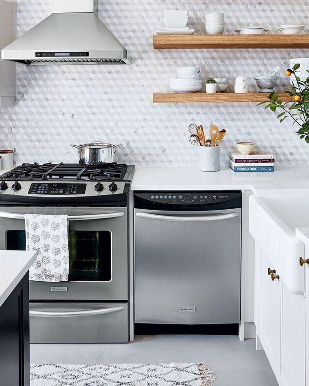 Fabulous Summer Kitchen Backsplash Ideas 01