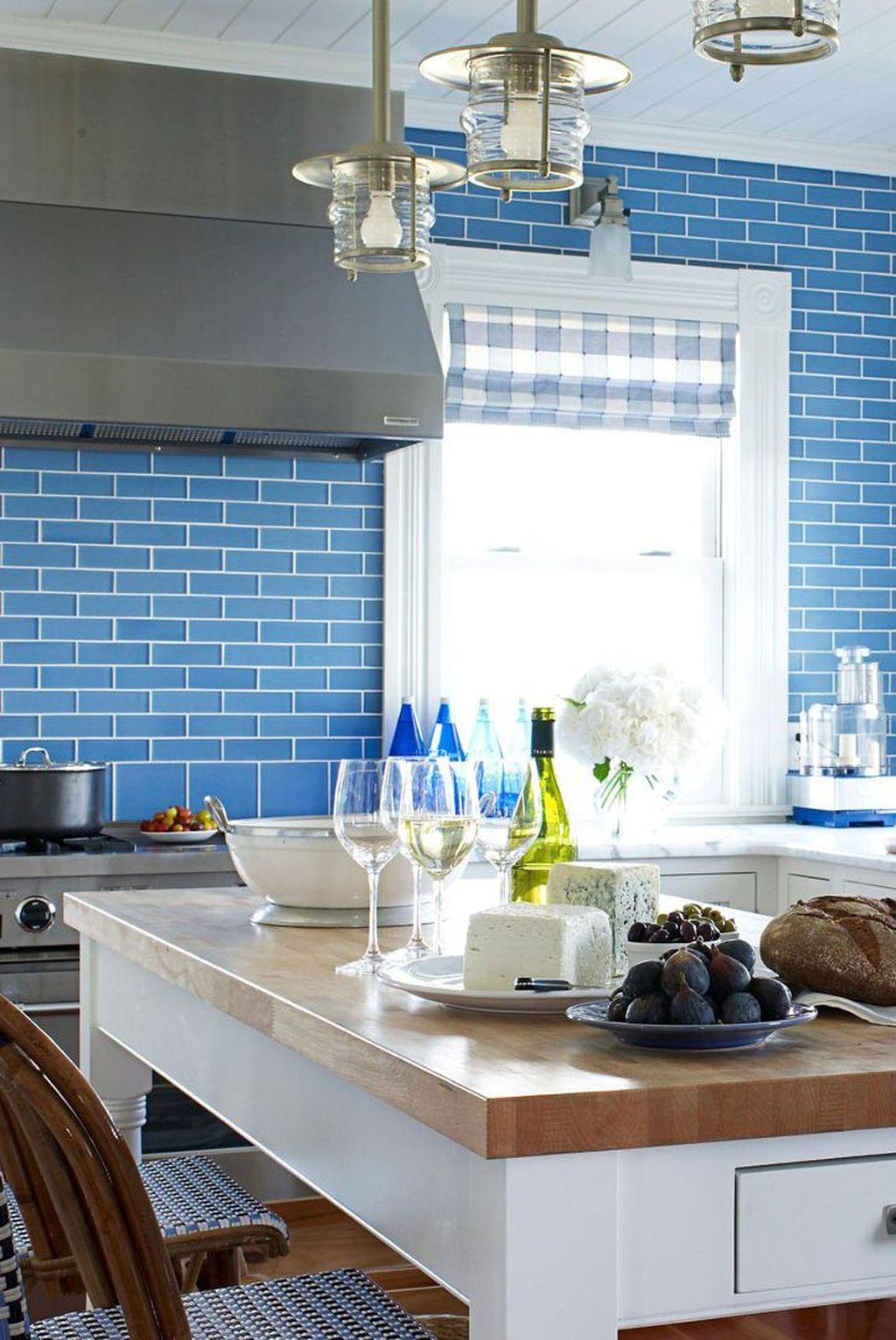 Fabulous Summer Kitchen Backsplash Ideas 08