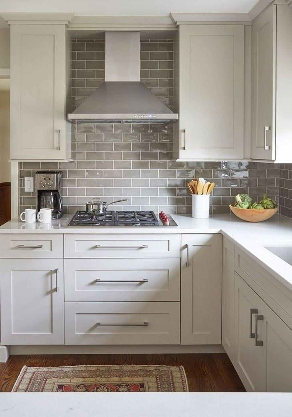 Fabulous Summer Kitchen Backsplash Ideas 26