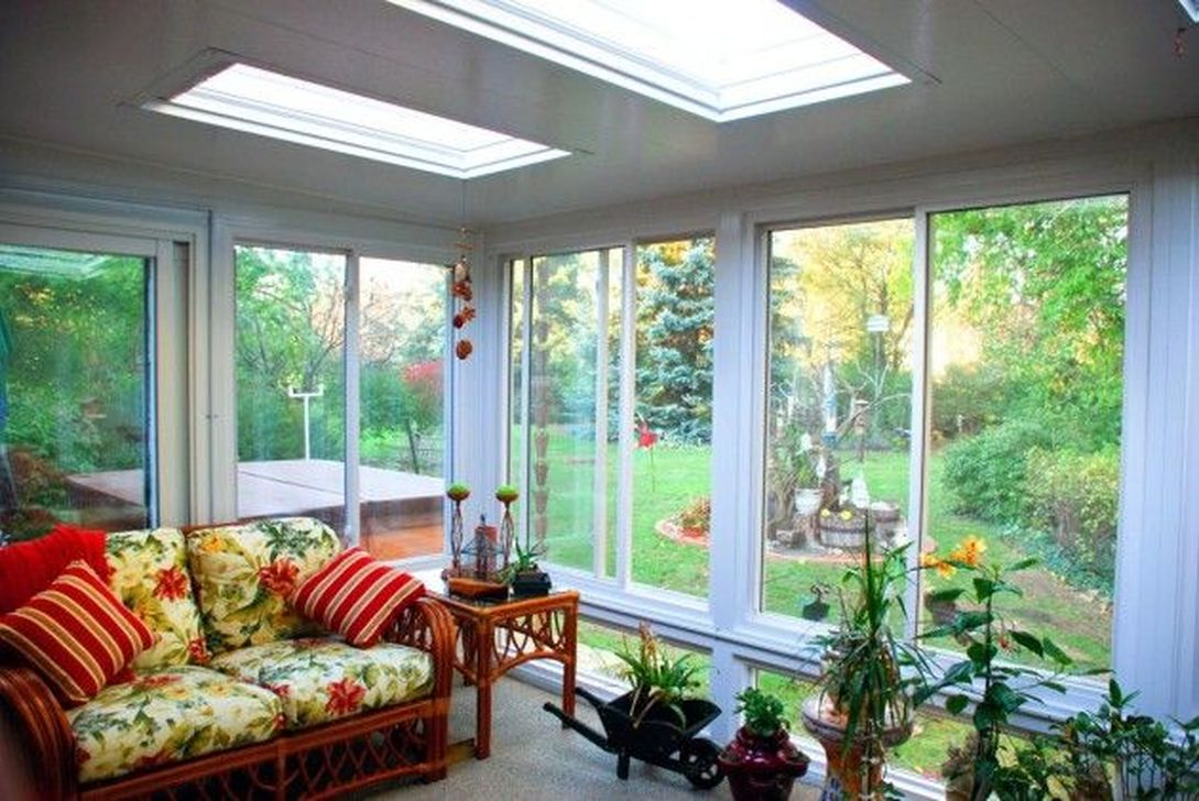 Gorgeous Modern Sunroom Design Ideas To Relax In The Summer 05