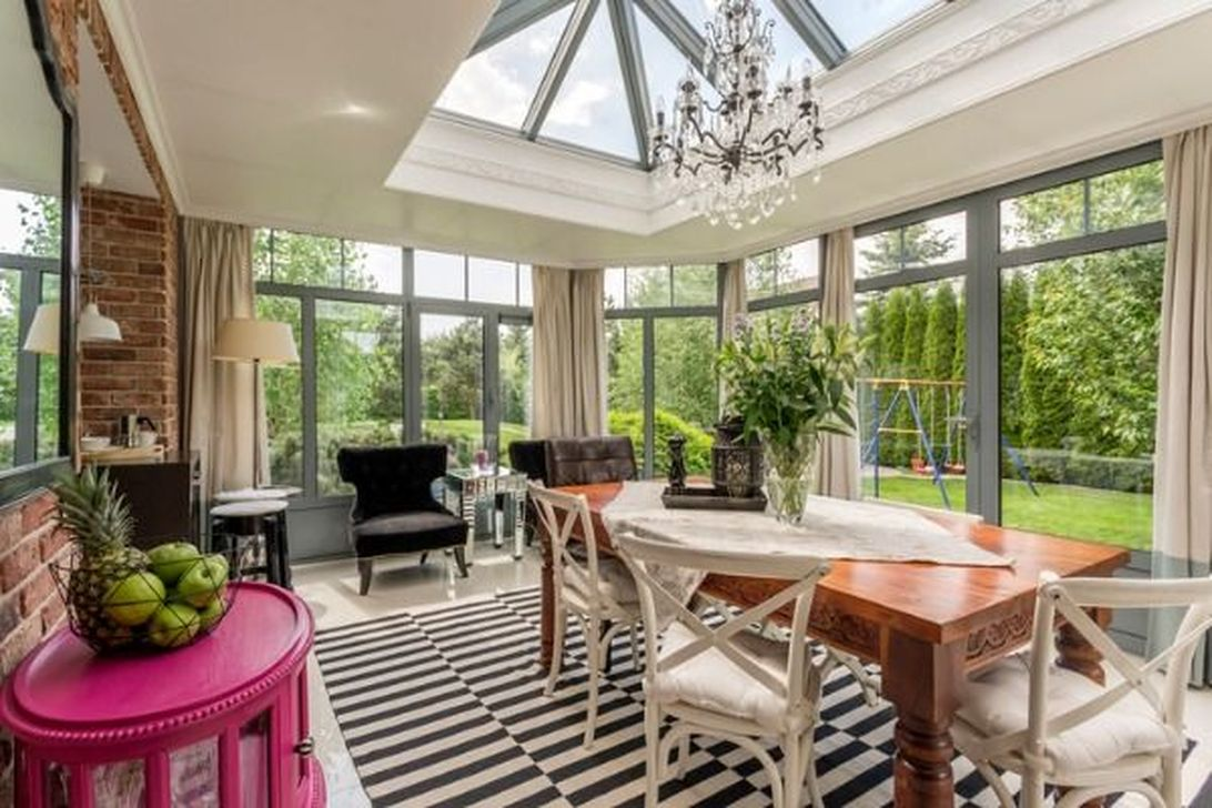 Gorgeous Modern Sunroom Design Ideas To Relax In The Summer 23