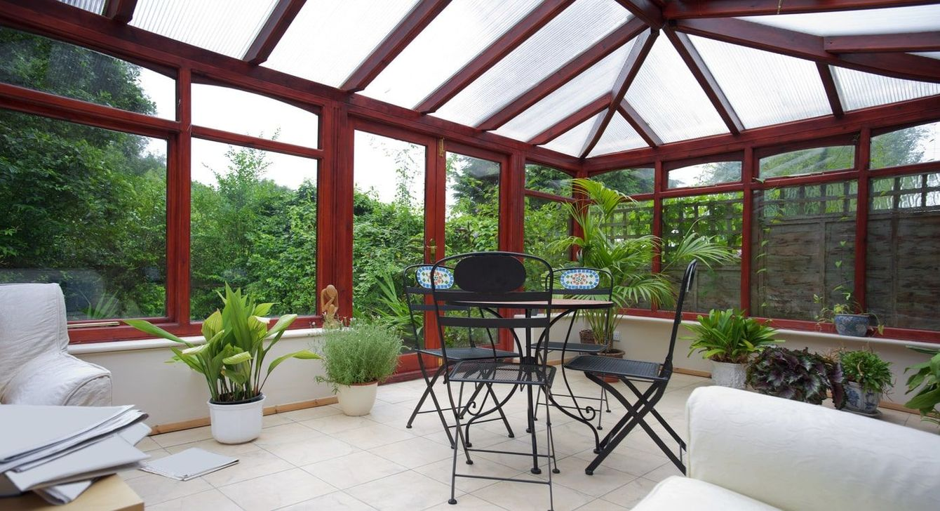 Gorgeous Modern Sunroom Design Ideas To Relax In The Summer 25