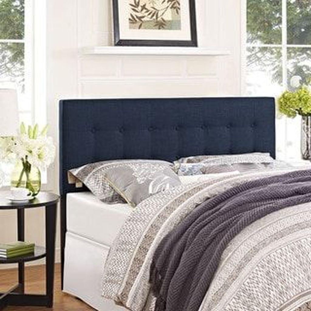 Inspiring Navy Blue Bedroom Decor Ideas You Should Copy 36