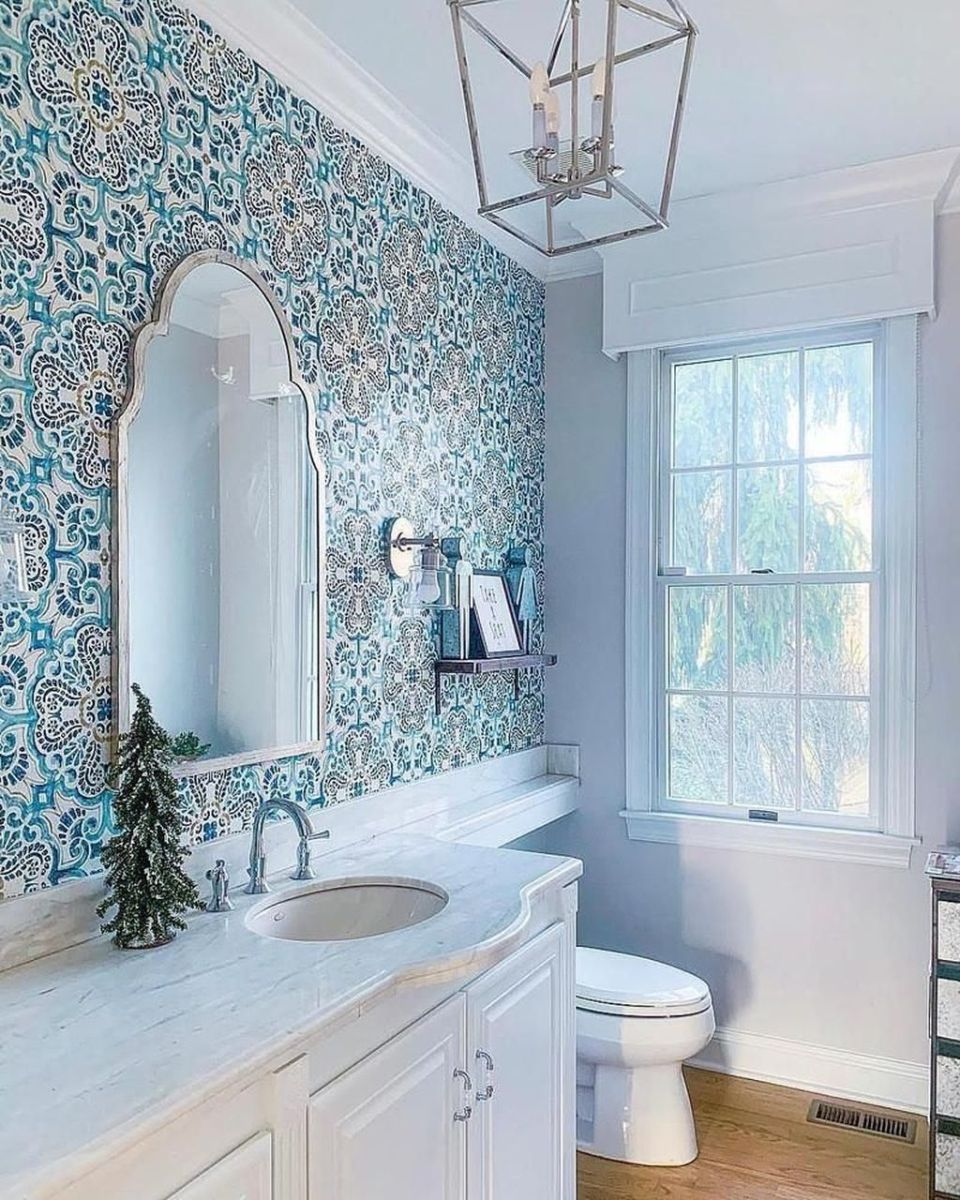 Nice Blue Color Bathroom Decor Ideas 07