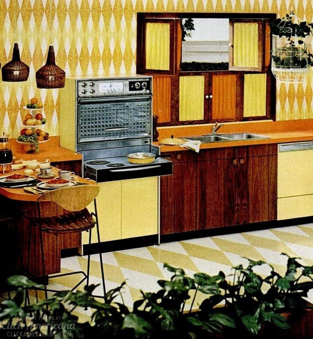 Nice Yellow Kitchen Decor Ideas For This Summer 03