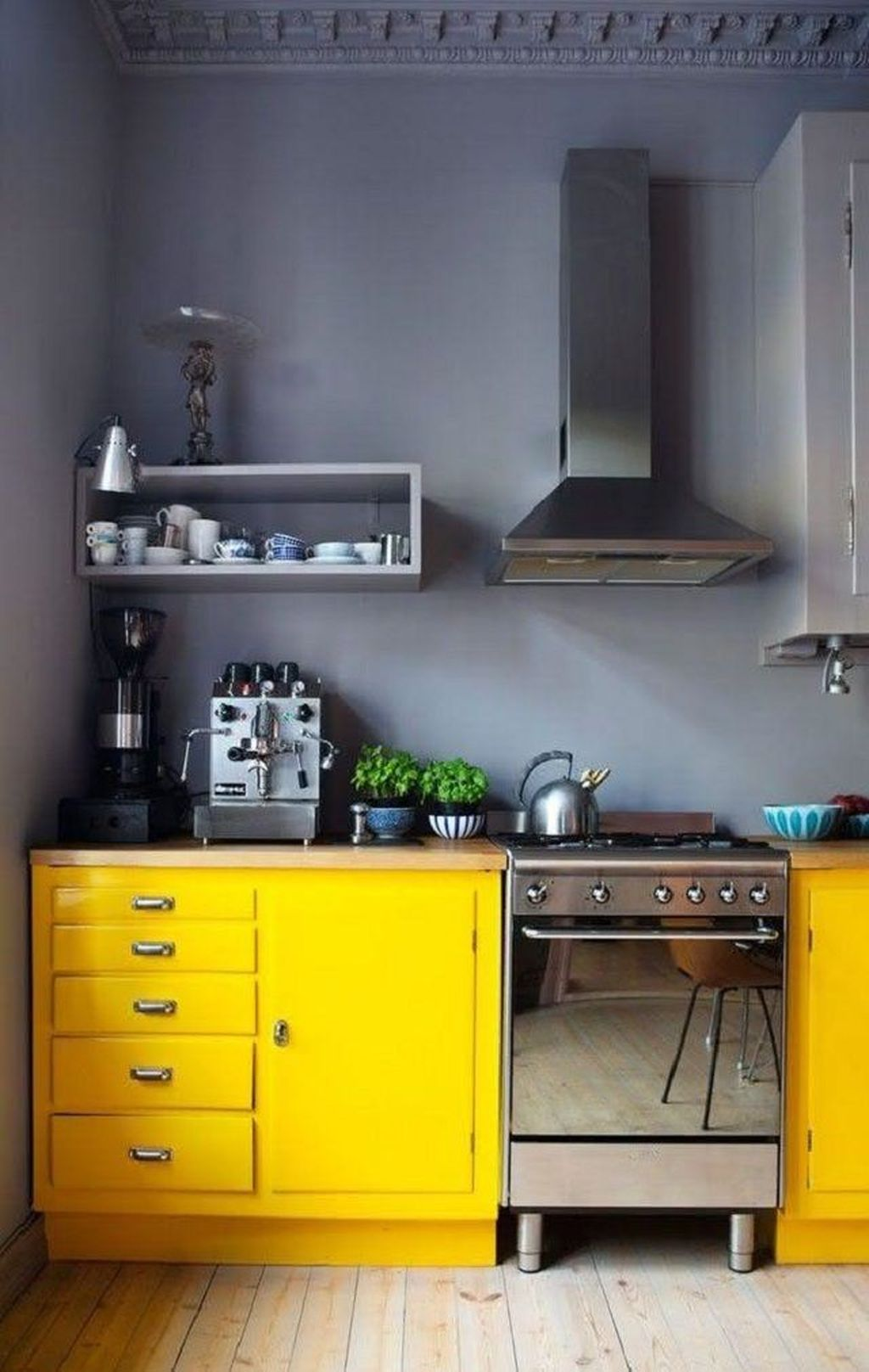 Nice Yellow Kitchen Decor Ideas For This Summer 07