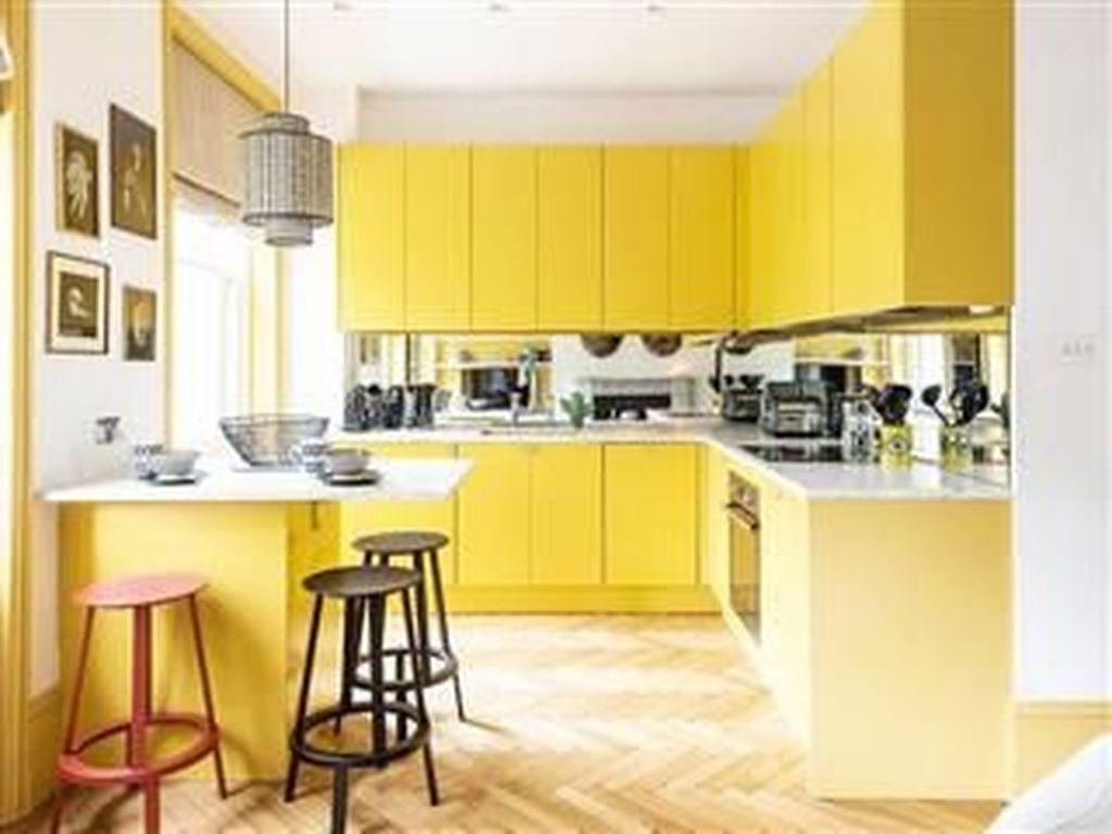 Nice Yellow Kitchen Decor Ideas For This Summer 11
