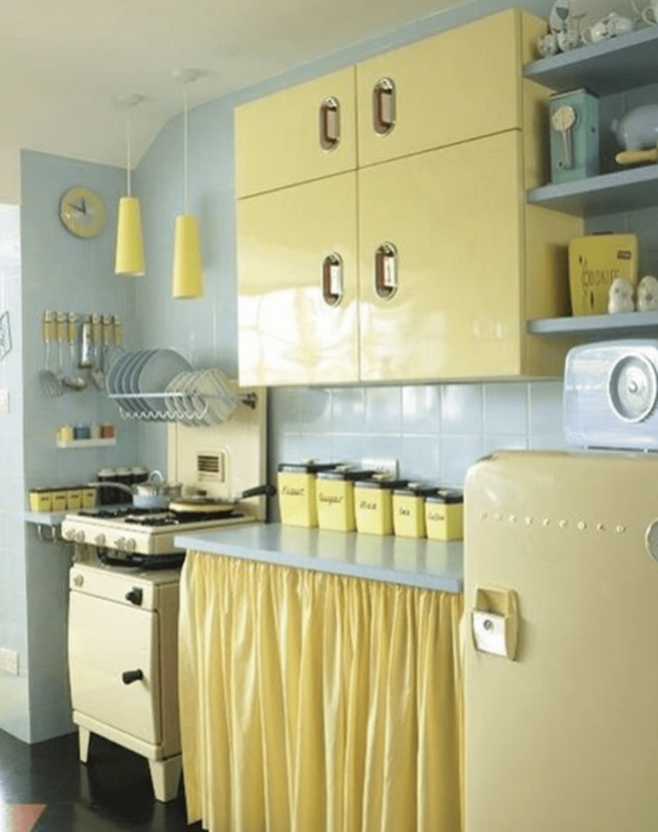 Nice Yellow Kitchen Decor Ideas For This Summer 28