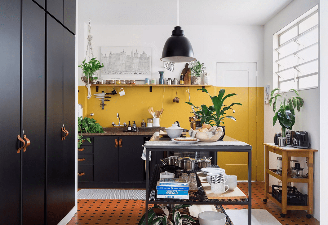 Nice Yellow Kitchen Decor Ideas For This Summer 30