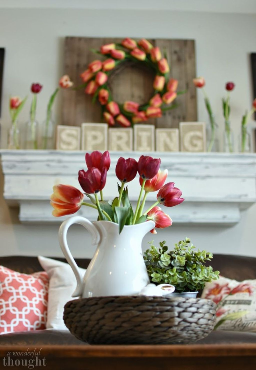 Popular Spring Living Room Decor Ideas 08