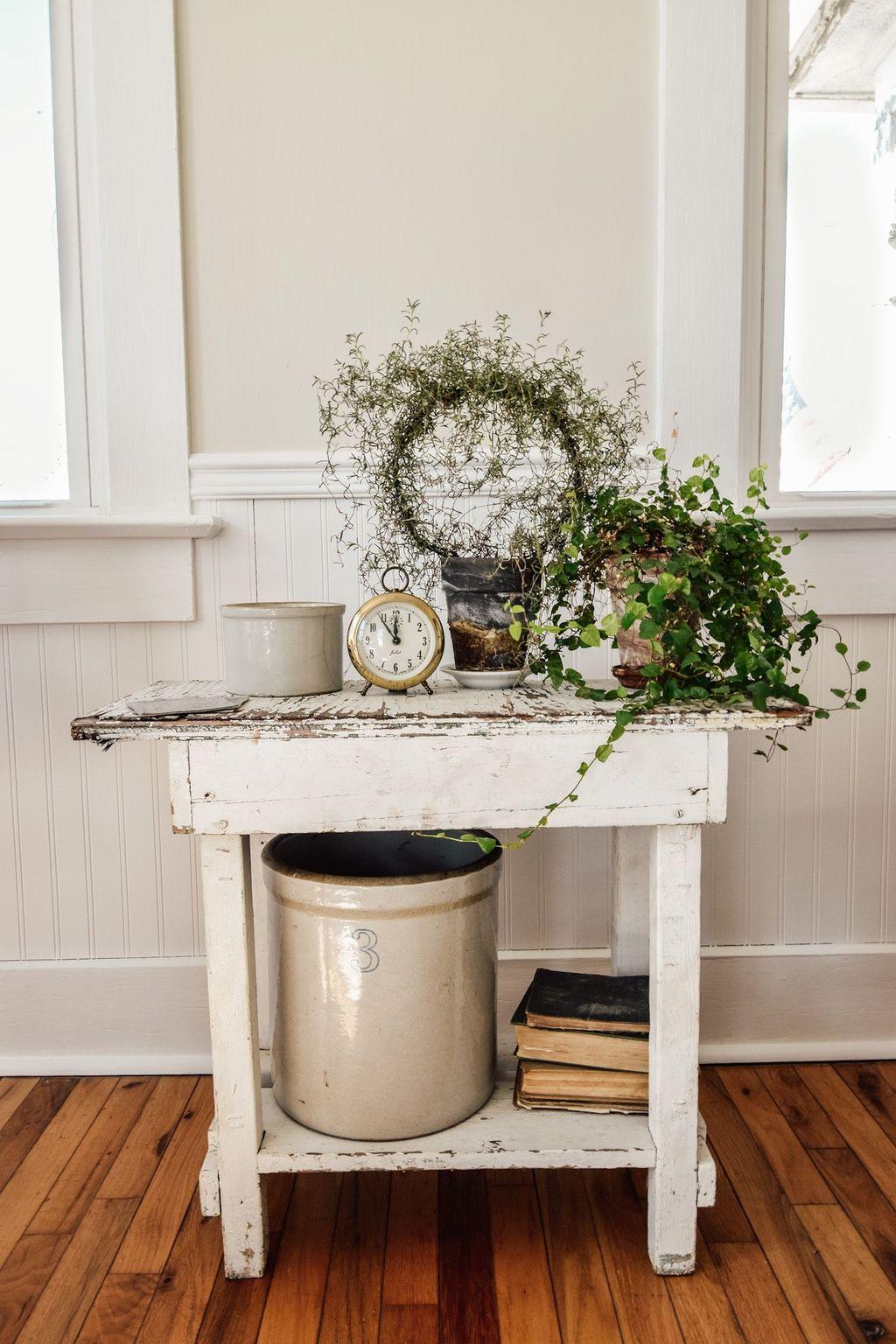 Popular Spring Living Room Decor Ideas 29