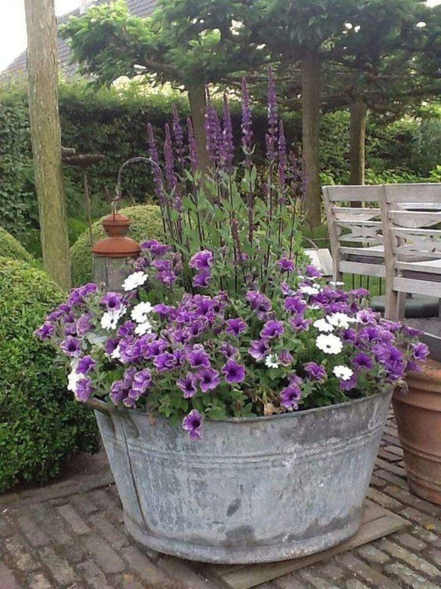Stunning Backyard Flower Garden Ideas You Should Copy Now 15