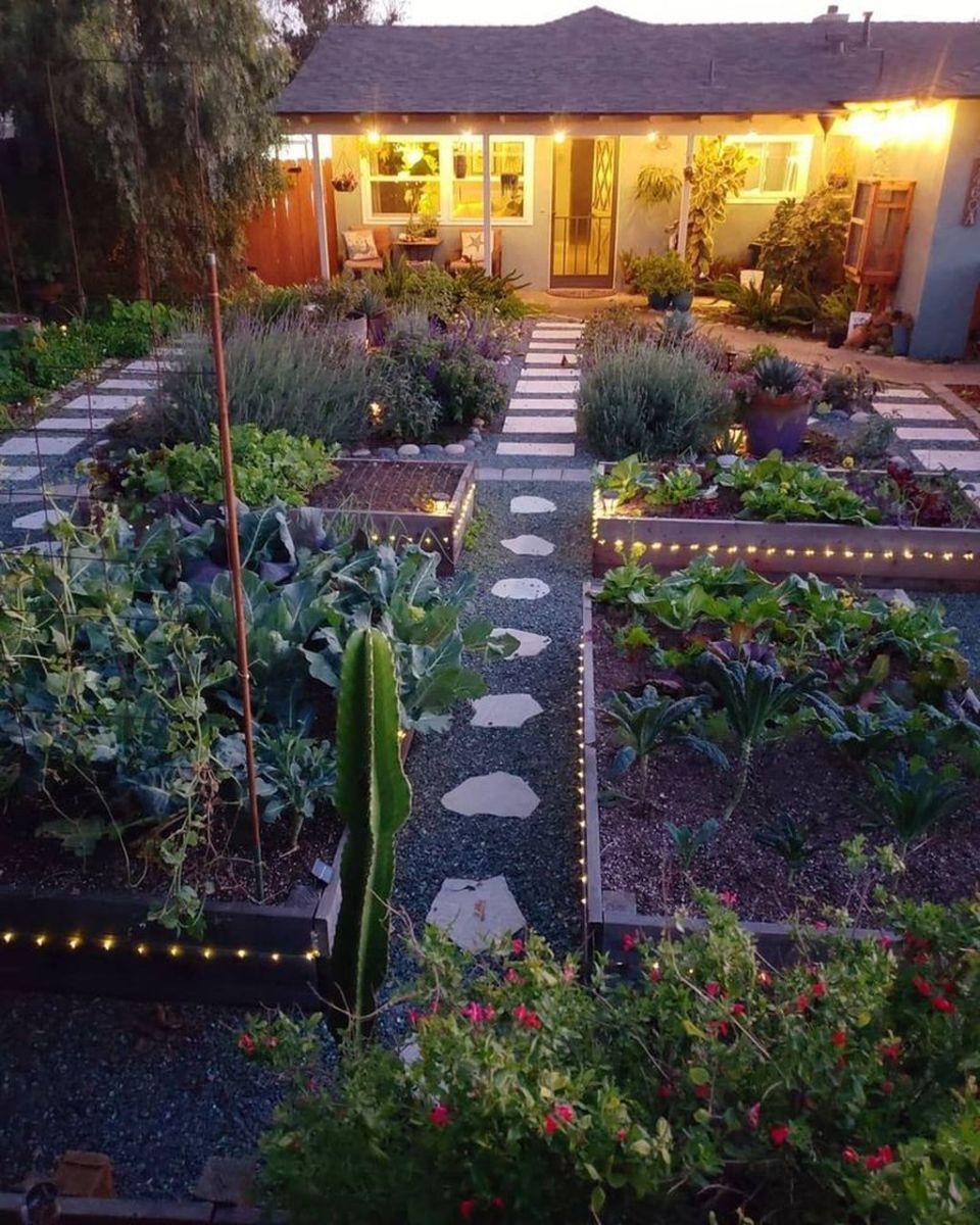 Wonderful Modern Garden Design Ideas 24 1