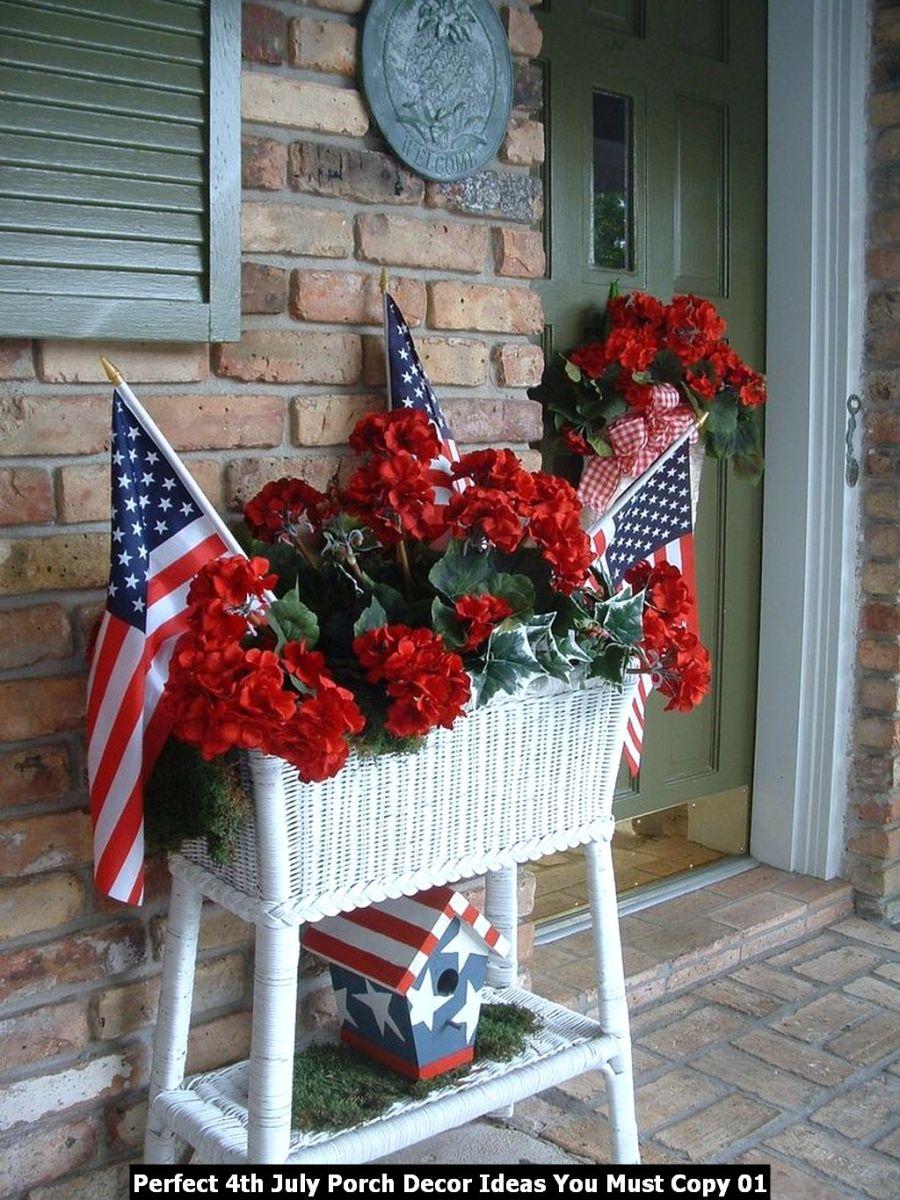 Perfect 4th July Porch Decor Ideas You Must Copy 01