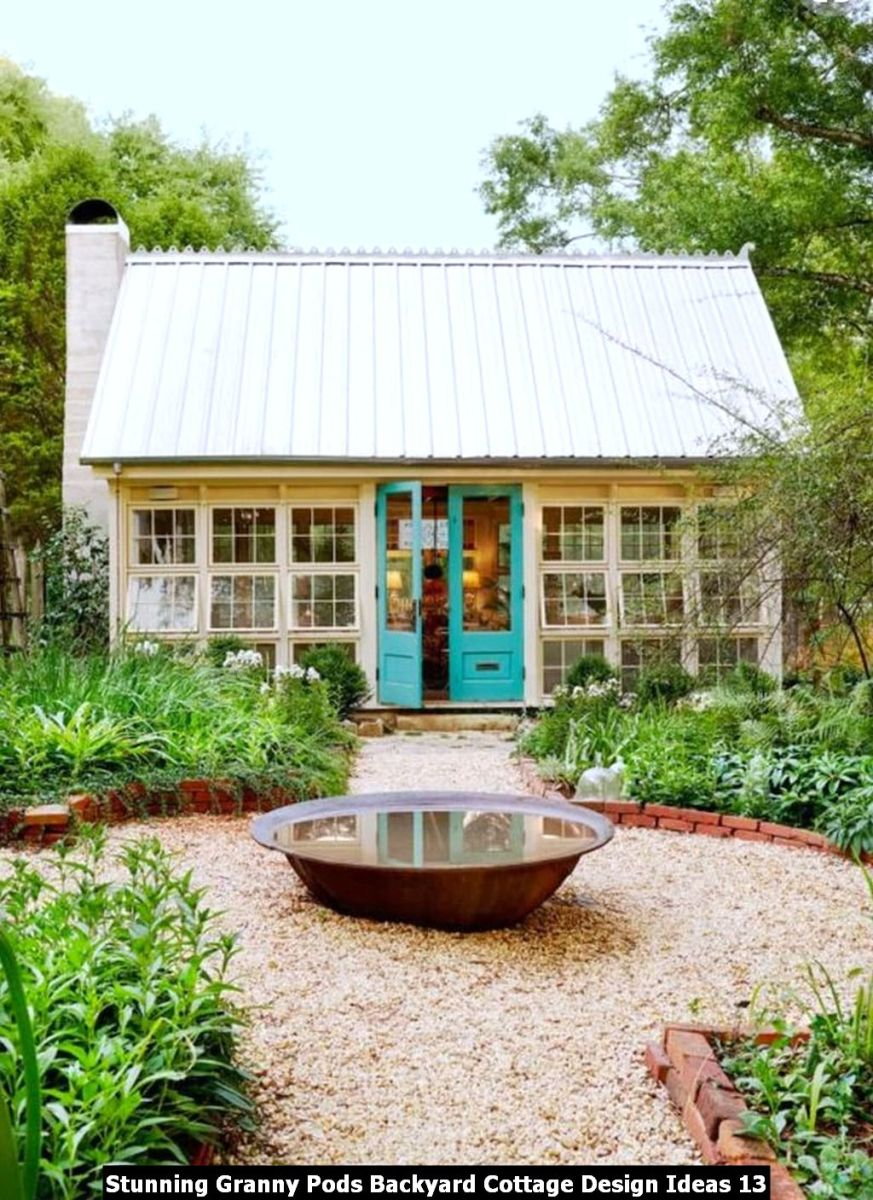 Stunning Granny Pods Backyard Cottage Design Ideas 13