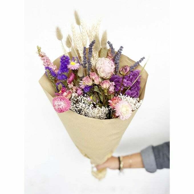 fleurs séchées pour décorer sa maison lors de home staging