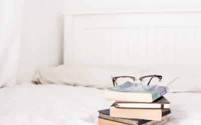 Best Books About Copywriting (Including 7 You Can Read for Free!)