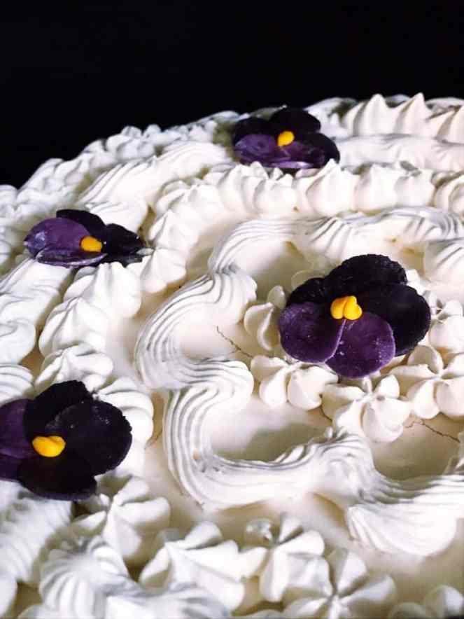 windetorte meringue dessert for spring studio tour