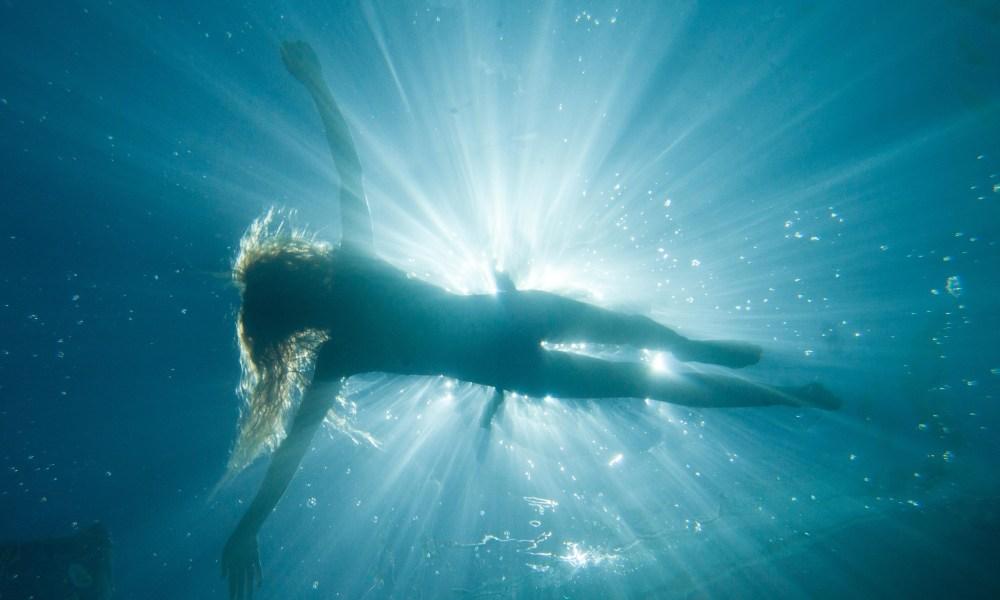 Worship the Sun Safely: Navigating towards a 'safe sunscreen'