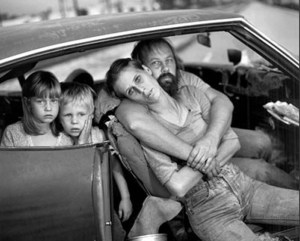 family in car (2)