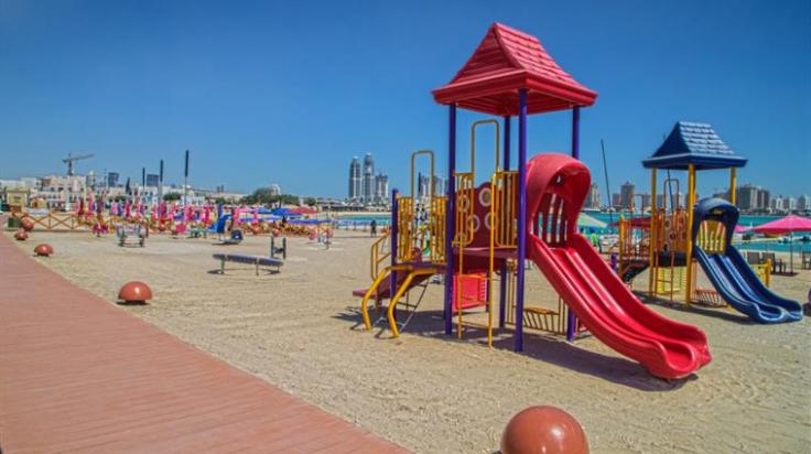 Doha z dzieckiem, plaża, Katara, stopover, przesiadka, Doha, Katar