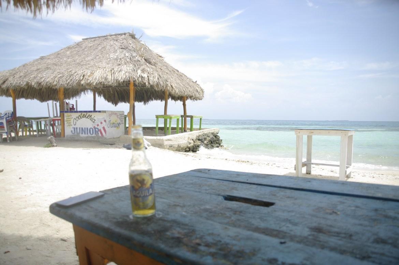 igp2821 - Isla Mucura - raj w Kolumbii
