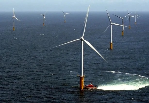 Wielki transformator na Bałtyku obsłuży morską farmę wiatrową