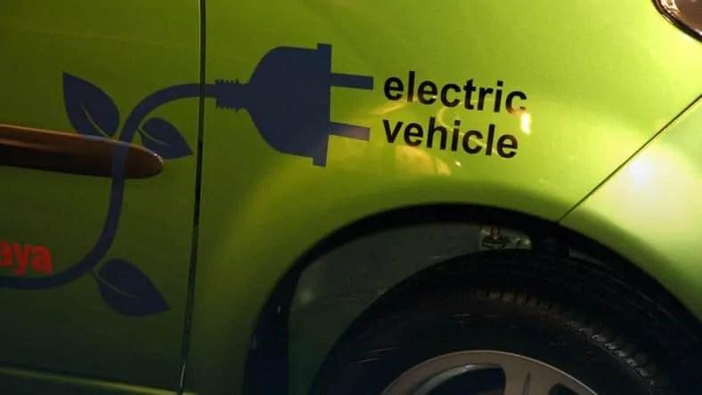 Jak się jeździ autami elektrycznymi po Polsce? Sprawdziliśmy