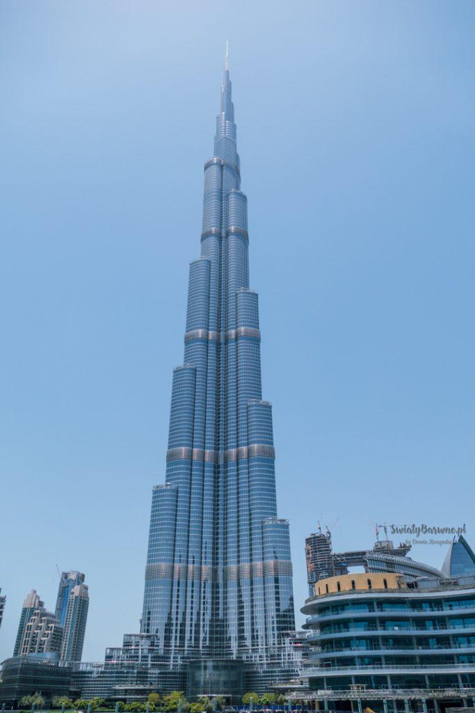Burj Khalifa w Dubaju za dnia