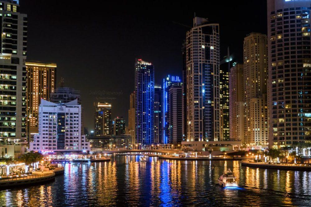 Widok na Dubai Marina nocą