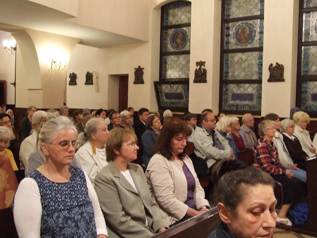 Noc czuwania w kaplicy o.o. karmelitów bosych
