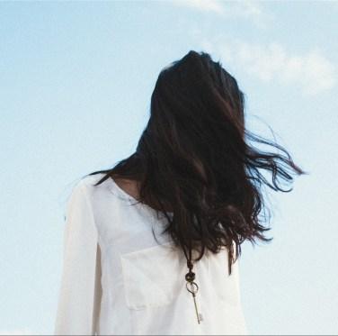 cabelo aos ombros