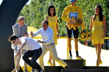Bernard Hinault podium