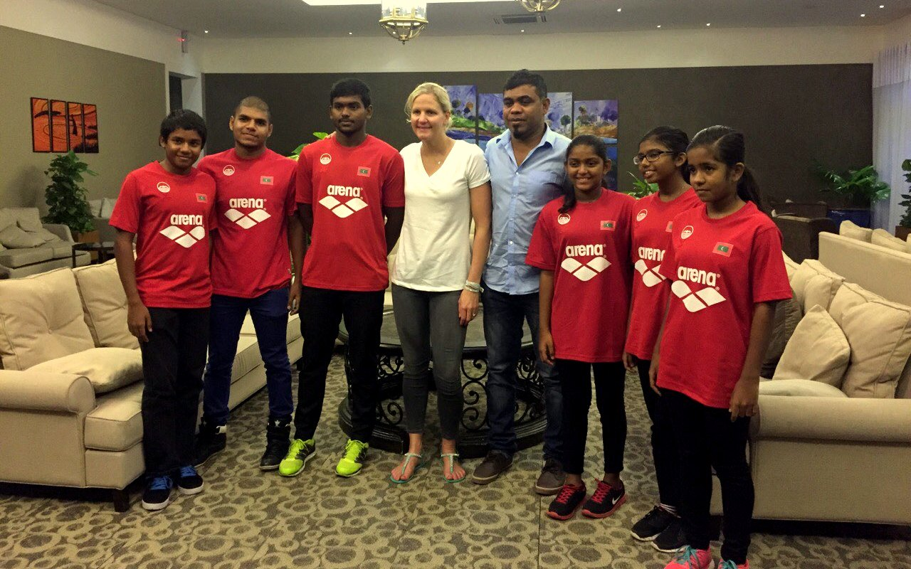 Kirsty Leigh Coventry Meets with Maldivian Swimmers