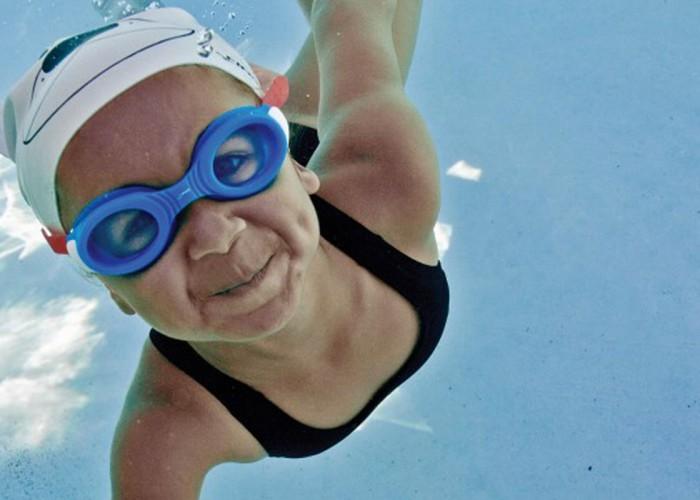 FINIS Swimming