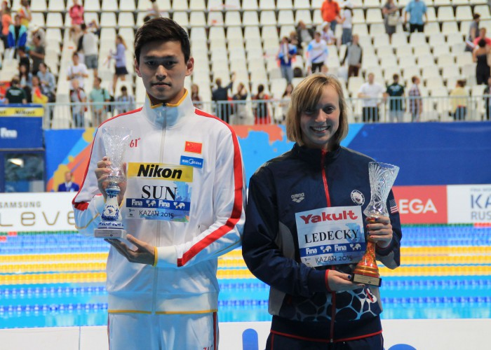 katie-ledecky-sun-yang-swimmer-of-the-meet-2015 (3)
