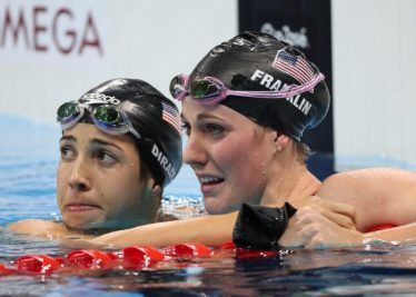 missy-franklin-maya-dirado-cry-tears-sad-disappointment-teammates-rio